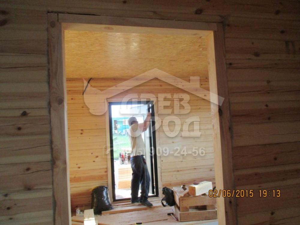 установка стальных дверей в брусовой дом