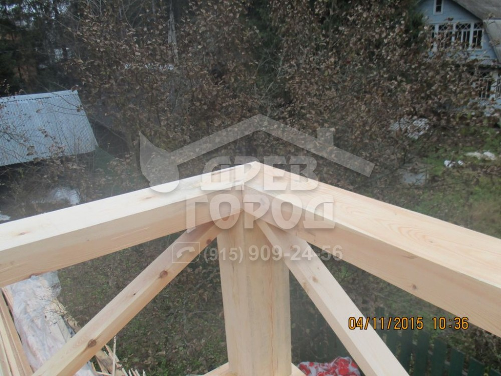 "Перила балкона брусового дома ""древгород"" москва."